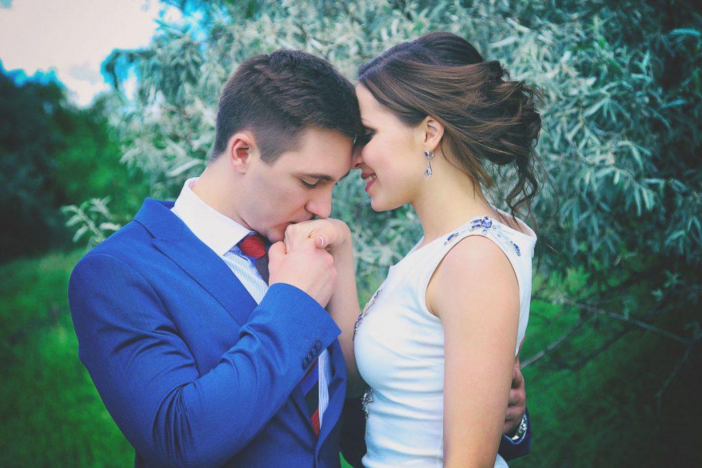 anxieties-loving-couple